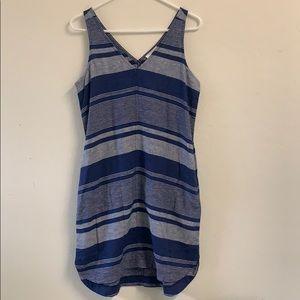 AT Loft navy and white striped dress pockets xs